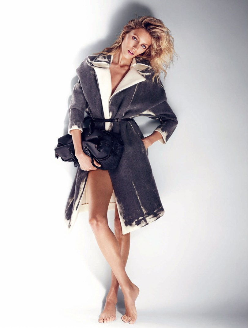 The_Garage_Starlets_Anja_Rubik-by_Marcin_Tyszka_ELLE_UK_July-2015_04