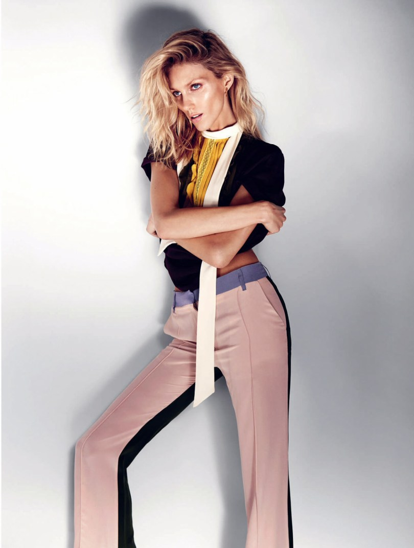 The_Garage_Starlets_Anja_Rubik-by_Marcin_Tyszka_ELLE_UK_July-2015_09