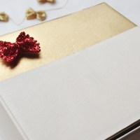 Christmas Gift Wrapping : Re-using Boxes