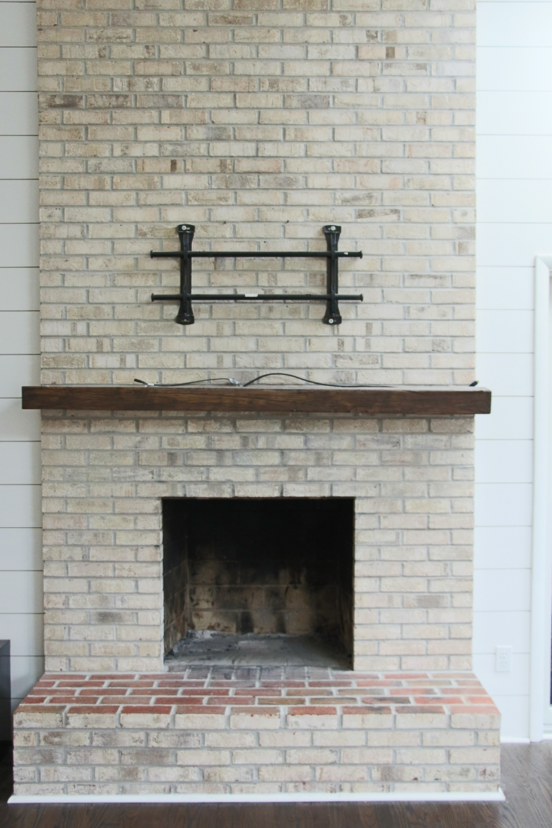 Flossy Milk Paint Easy How To Wash Your Brick Fireplace How To Wash Your Brick Fireplace Milk Paint Wash Brick Fireplace Makeover Wash Brick Fireplace Beige Paint houzz 01 Whitewash Brick Fireplace