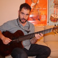 Charlie Hunter: 7-string guitar player