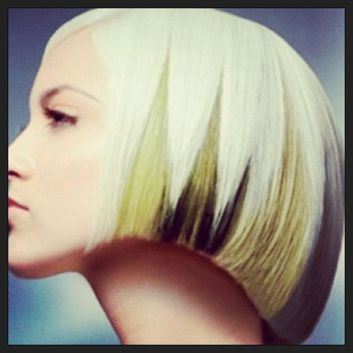Asymmetric White Bob with Black Tips