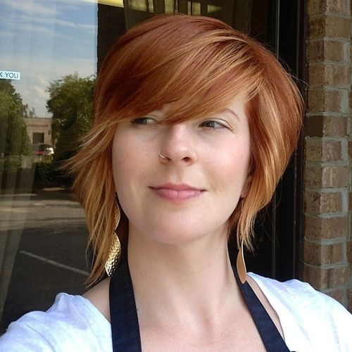 Pretty Redhead Bob with Oblique Fringe