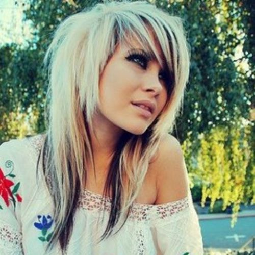 Blond emo hairstyles for girls with dark tips