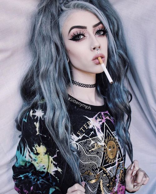 Emo Hairstyles for Girls - Top 10 Ideas