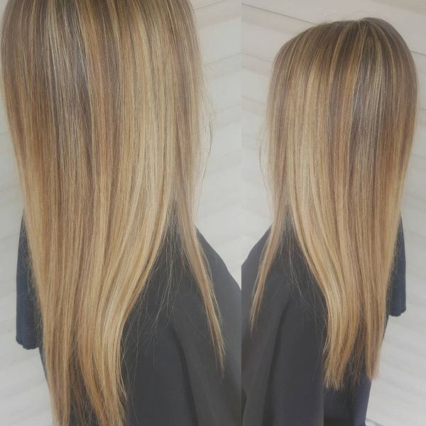Straight Flawing Hair with Highlights