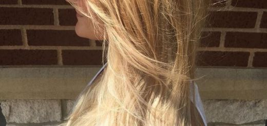 Long blonde layered haircut