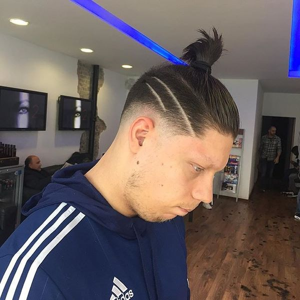 Sleek Knot with Taper