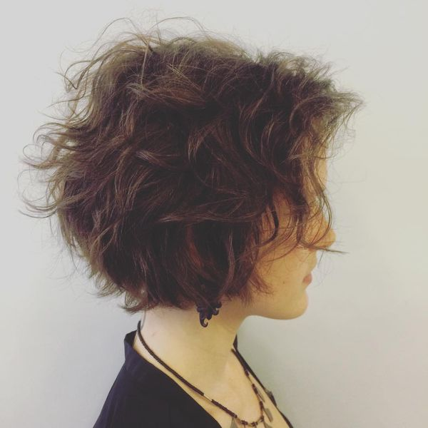 Airy Waves in a Long Bob Without Bangs2