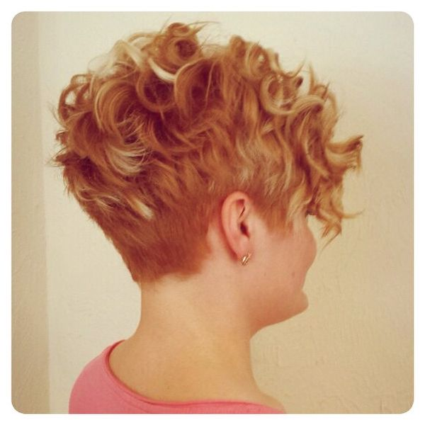Curly Mohawk Tapered Cut1