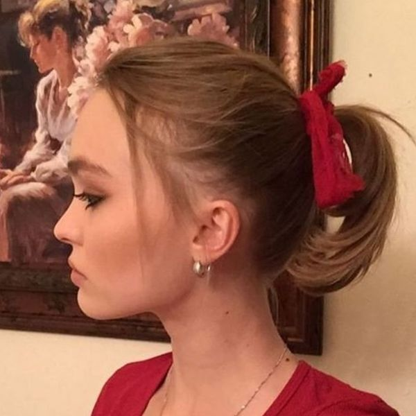 Everyday Pretty Ponytail with a Cute Ribbon