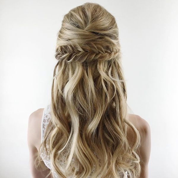 Romantic Half-Up Hair-Do