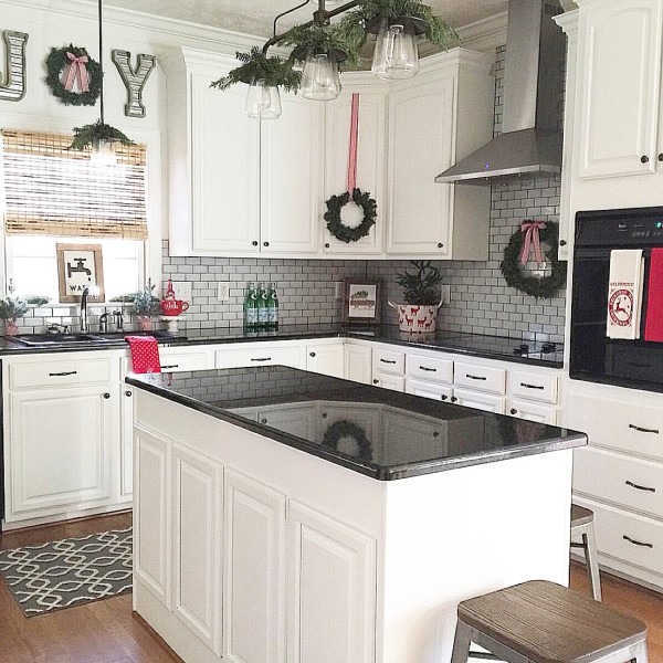Holiday-Home-Kitchen