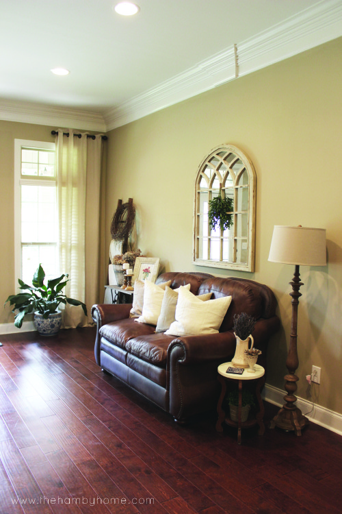 Tradition-rustic-living-room-tour-V13
