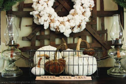 timewashed-fabric-pumpkin-vignette