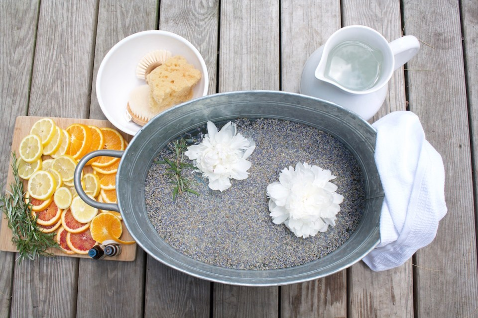 """3 Steps for an Herbal-Infused Pedicure for Beautiful Nails and Soft Feet 