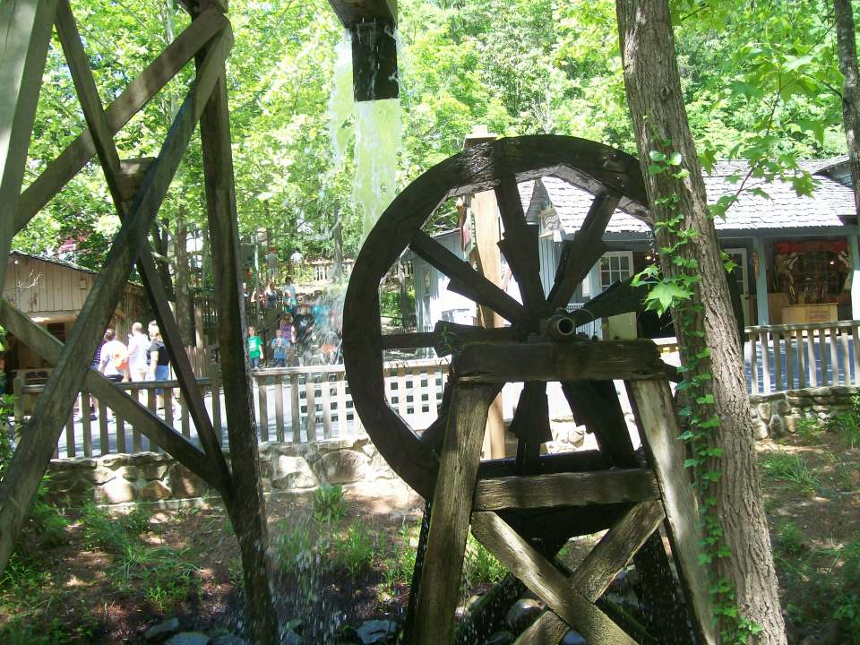 One of Dollywood's beautiful water wheels