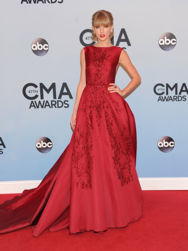 The He Said She Said Experience- Best Dressed 2013Taylor Swift in Elie Saab 2013 CMA Awards