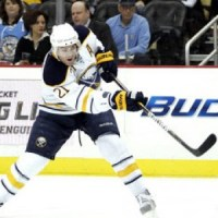 Drew Stafford has just four assists for the Buffalo Sabres through 11 games this season. (THW Media Library)
