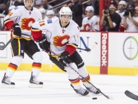 Mikael Backlund has made an immediate impact on the Flames' lineup since returning from an injury, and fantasy managers should definitely consider adding the forward. (Icon SMI)