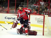 Troy Brouwer is an option for the Capitals on the first line (Tom Turk / THW)