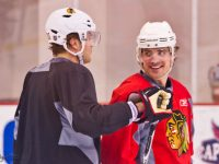 Patrick Sharp having fun with teammate Viktor Stalberg (courtesy of BridgetDS)