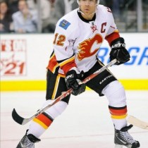 Jarome Iginla erupted for two goals in Calgary's win over Phoenix. (Jerome Miron-US PRESSWIRE)