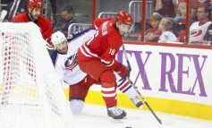Elias Lindholm - Behind the Curve for 2013 Draft Picks?