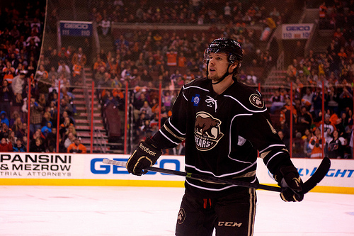 The Hershey Bears Cameron Schilling (Annie Erling Gofus/The Hockey Writers)