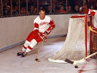 Gordie Howe scored two of the Red Wings goals.