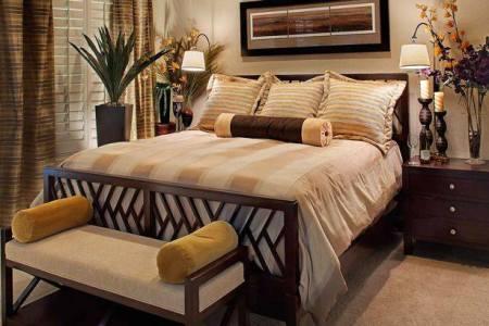 bedroom earthtones