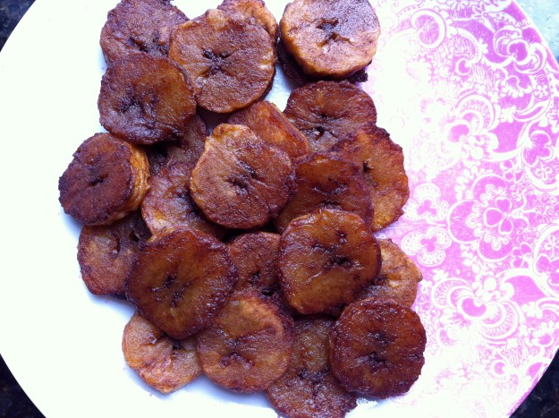 plantain chips with cocoa and cinnamon