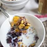 spiced quinoa breakfast bowl;