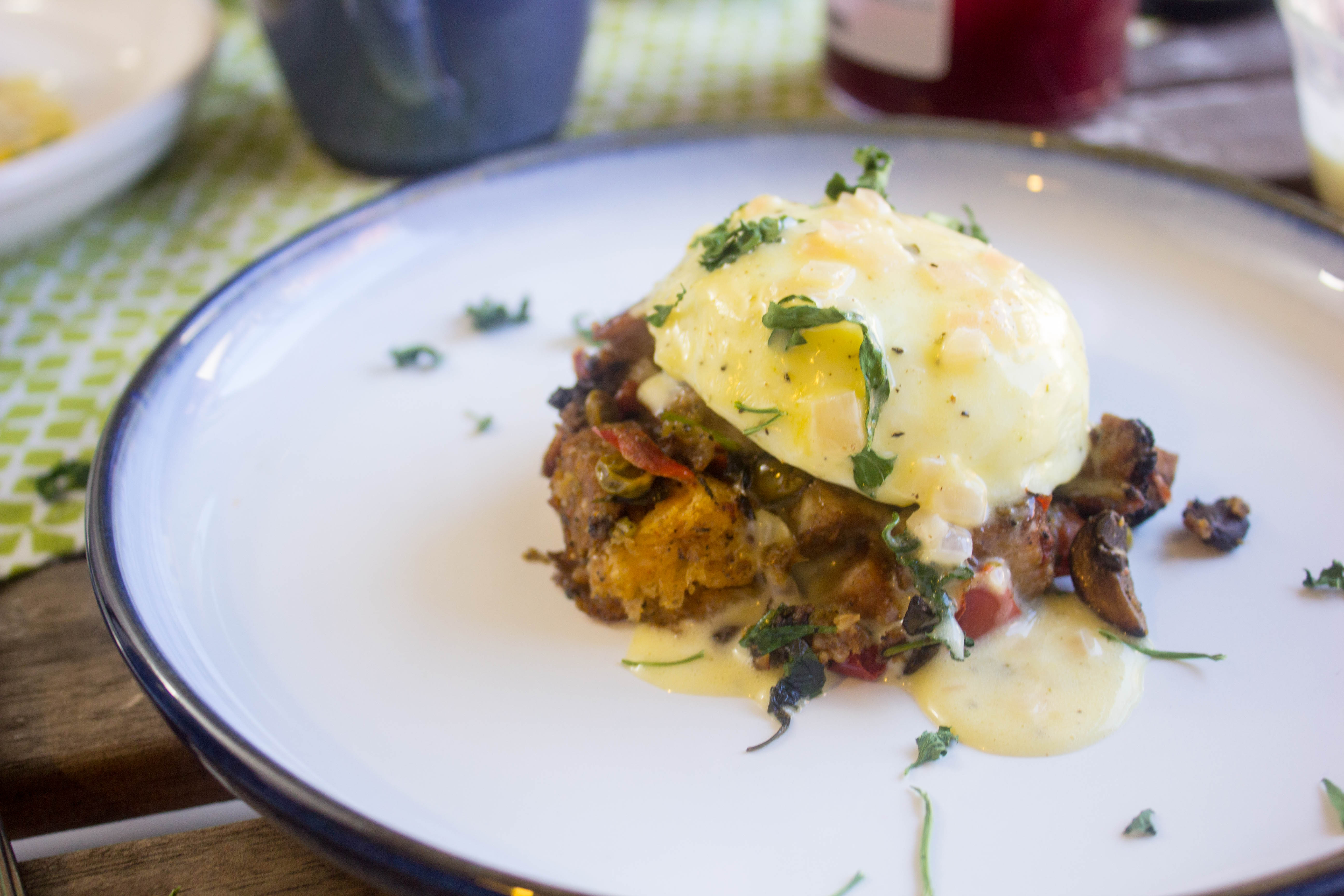 Thanksgiving Benedict with Béarnaise | The Hungary Buddha Eats the ...