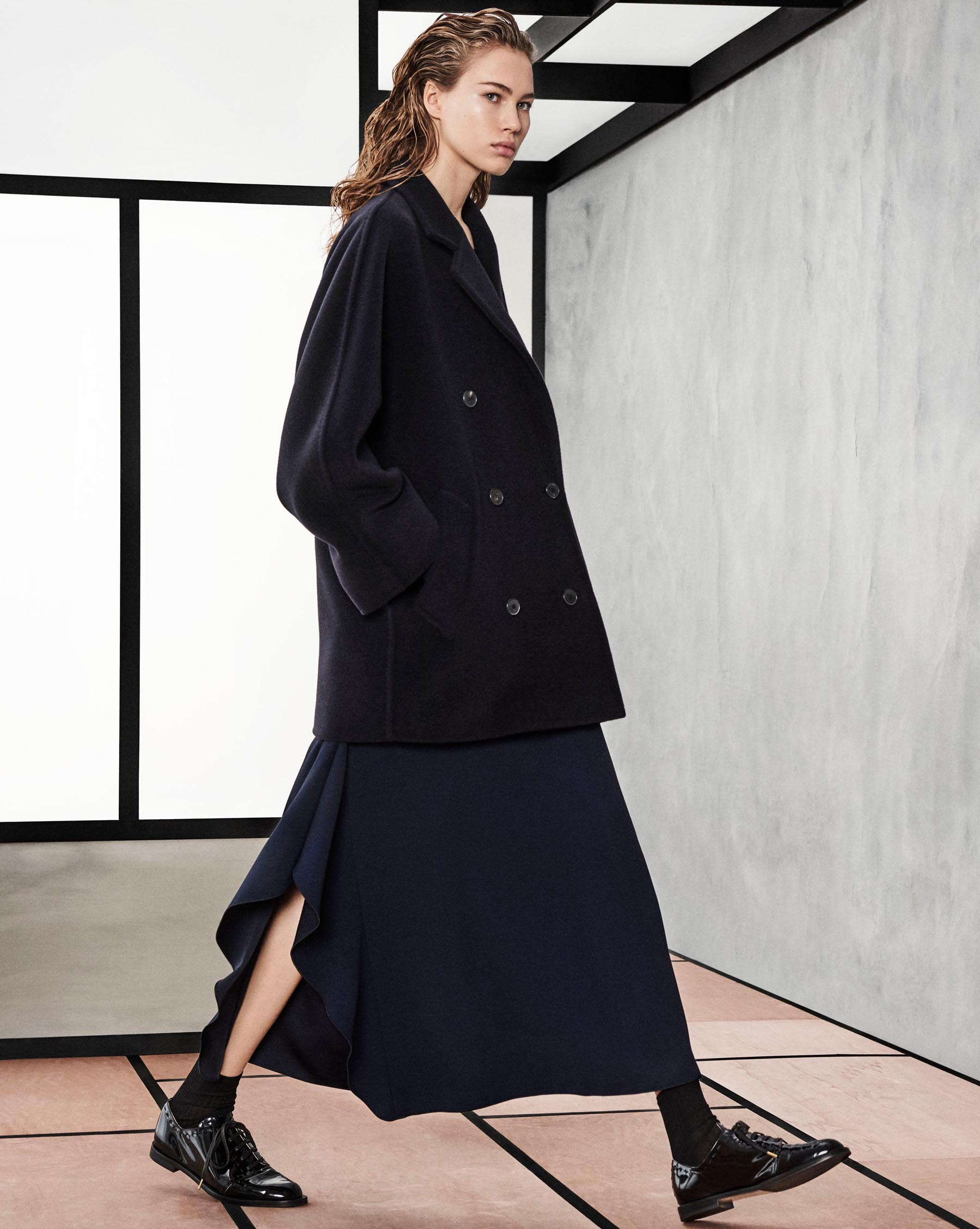 foto Max Mara Pre-Fall 2019 Runway Show In Shanghai's Exhibition Center