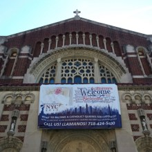 A banner at St. Bartholomew Church in Elmhurst, Queens welcomes new members. (Jamie Martines/The Ink)