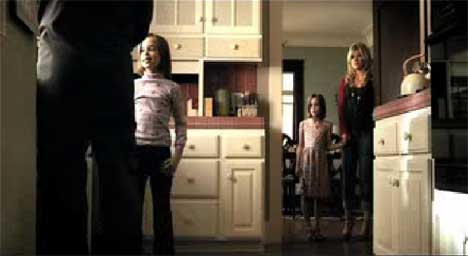 Kelly Clarkson's characters in Because of You Music video