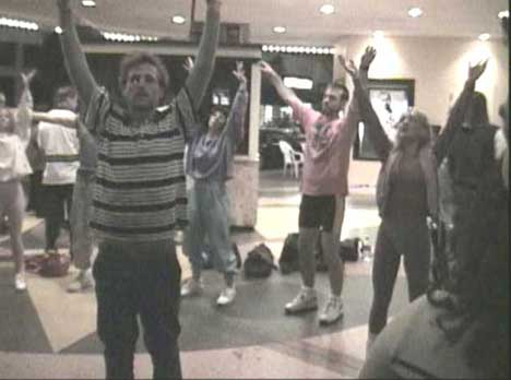 Spike Jonze and the Torrance Community in Praise You dance number