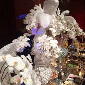 feathered dessert table