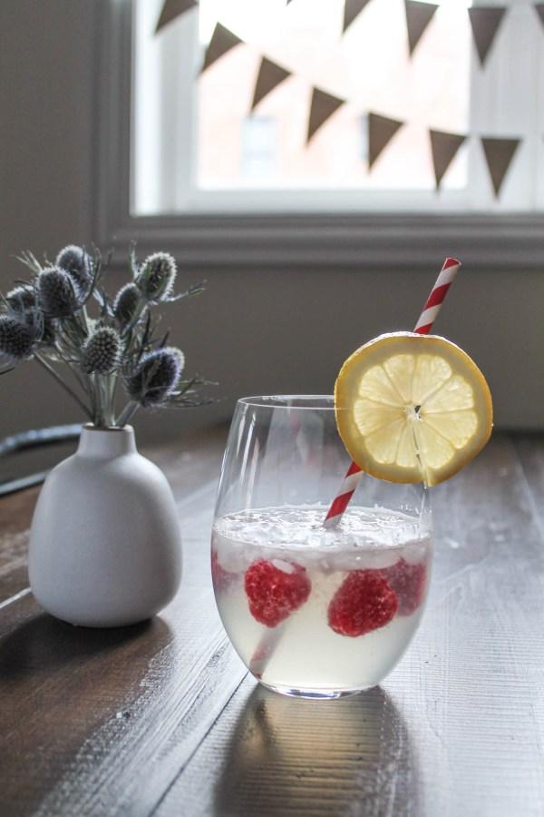 Raspberry Lemonade Cocktail-4