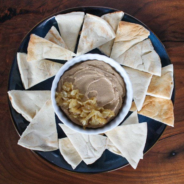 Caramelized Onion Hummus-4