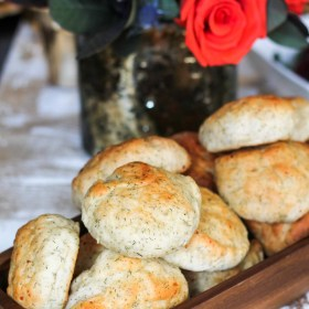 Dill Cottage Cheese Rolls
