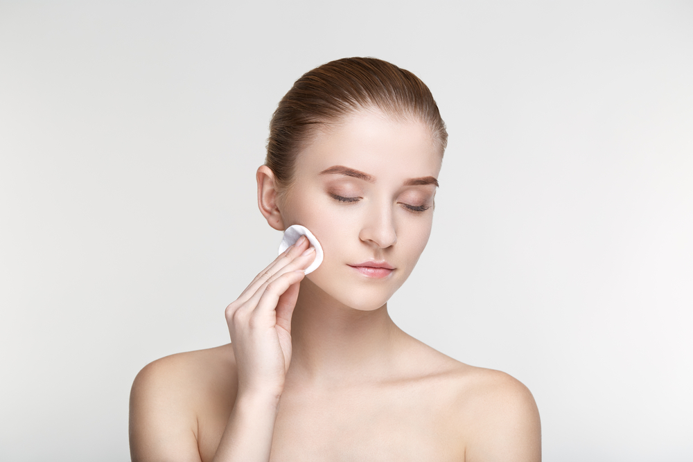 popular beauty tips about skin, beauty products, wearing bra to bed among other that are not true