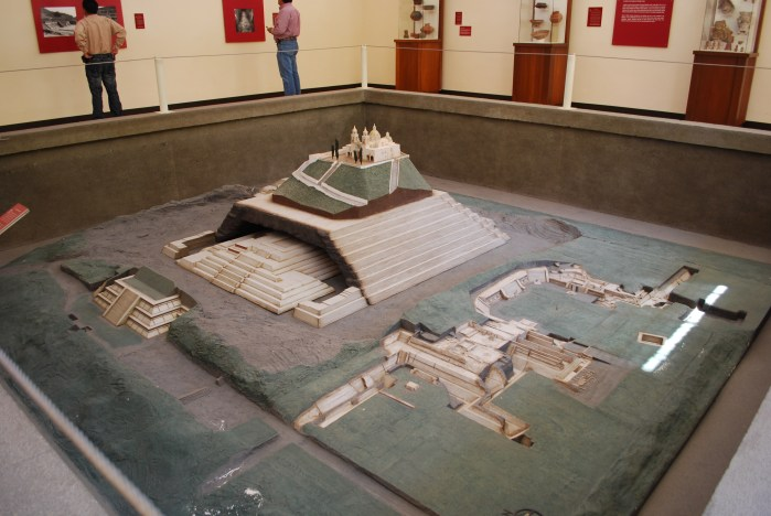 Model of the Cholula Pyramid site at the site museum in Puebla, Mexico - Wikimedia Alejandro Linares Garcia