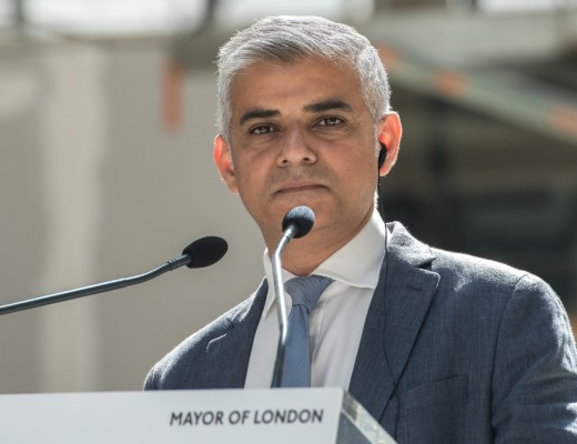 Mayor of London read racist tweets to address islamophobia on social media