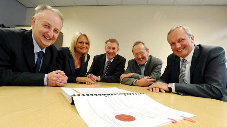 Big contract (L-R): Tim Whitworth, Assistant Director at City of Lincoln Council (CoL), Maxine Wigley, Kier Customer & Performance Manager, Simon Bullen, Kier Regional Managing Director, Cllr Ric Metcalfe Leader of CoL and John Bibby, Director of Housing at CoL.