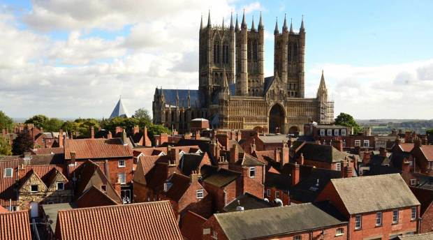 Lincoln Cathedral basking in the sunshine. Photo: Steve Smailes for The Lincolnite