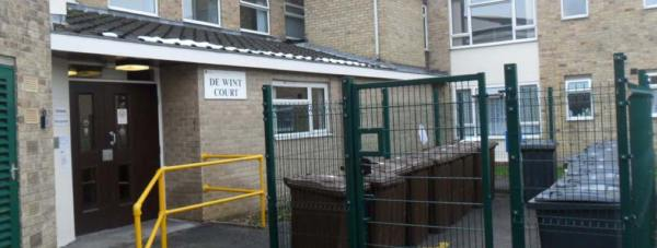 De Wint Court off Bowden Drive in Lincoln