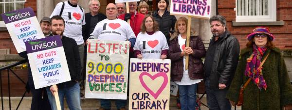 Campaigners against the library cuts stood on the steps of County Hall from 9.30am, before the Executive Meeting. Photo: Steve Smailes for The Lincolnite