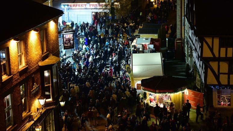 Christmas-Market-Part-2-08-12-2014-SS-2